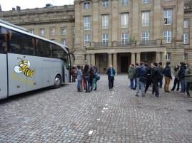 Abfahrt Stuttgart Staatstheater Sonntag früh