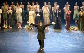 Schlussapplaus nach der Uraufführung: Demis Volpi und Ensemble