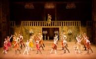 Auch das Corps de ballet wurde vom Publikum am Ende mit großem Applaus gewürdigt!