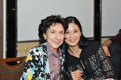 Georgette Tsinguirides und Sue Jin Kang