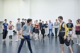 Probe zu Romeo und Julia: Pablo von Sternenfels als Mercutio und Robert Robinson als Tybalt