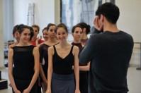 Demis Volpi und ein paar fröhliche Todesengel: Maria Andres Betoret, Alicia Torronteras, Aiara Iturrioz Rico, Elisa Ghisalberti