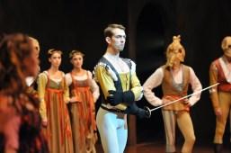 Robert Robinson als Tybalt