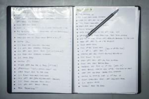 Kryptische Notizen ... da braucht man schon einen Experten, um die zu übersetzen ...