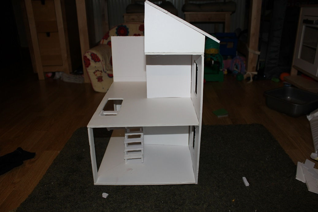 Designing And Building A Budget Dollhouse StuwahaCreations