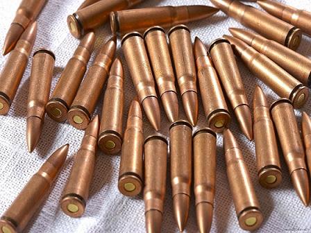 Житель Снятинщини приховав вдома сотню патронів