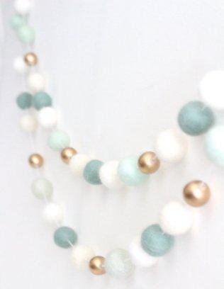 https://www.etsy.com/listing/261751894/mint-and-gold-felt-ball-garland-mint?ref=hp_rv