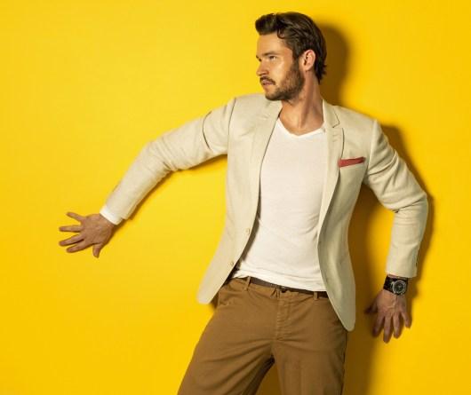 Wie Männer Gelb tragen