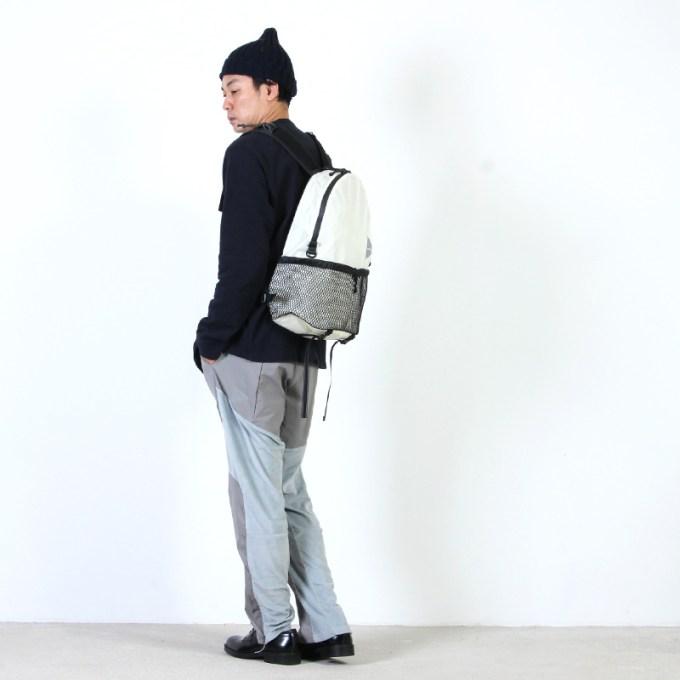 and wander (アンドワンダー) 20L daypack / 20L デイパック