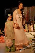 Karma's Fashion Dresses For Women in PFDC Sunsilk Fashion Week 2011 Lahore (2)