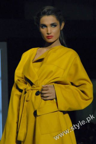 Fashion Designer Mohsin Ali's Dresses For Women in PFDC Sunsilk Fashion Week 2011 Lahore (1)