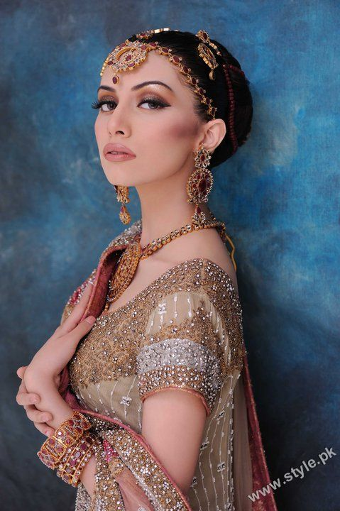 New Fashion of Bridal Makeup for Brides