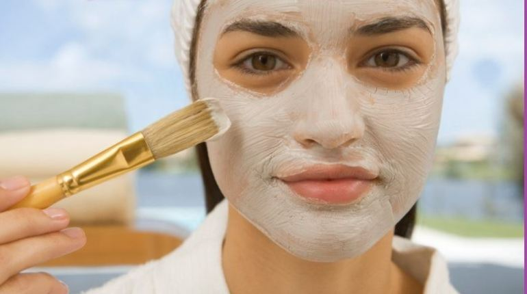 Tips for the problems of oily skin at Style.pk
