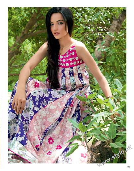 Gul Ahmed Cambric Collection 2011 For Women (1)
