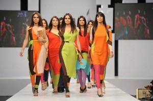 kamiar rokni's collection at sunsilk fashion week (6)