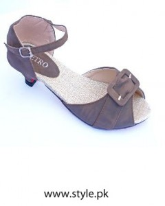 new arrivals of Metro shoes (4)