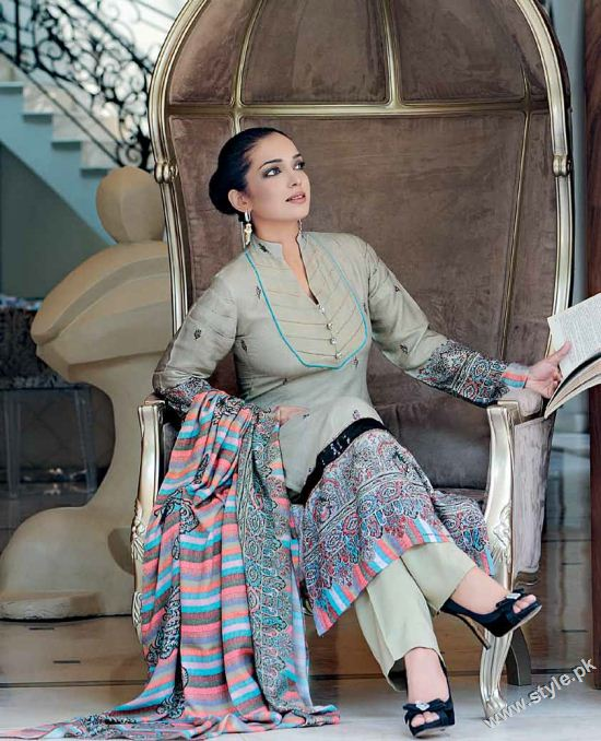 Amna Haq Photo Shoot For Gul Ahmed Winter Collection 2011-12 (1)