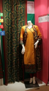 junaid jamshed lawn collection 2012 (14)