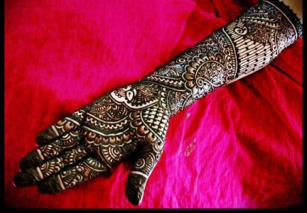 Latest Bridal Mehndi Designs 2012 _02