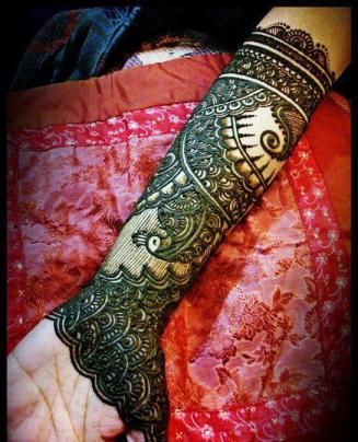 Latest Bridal Mehndi Designs 2012 _05