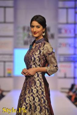 Latest Kuki Concept Dezzling Collection at FPW 2012, Day 2-013