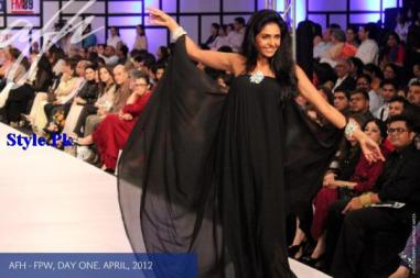 Latest Pret Wear Collection By Ayesha F Hashwani For Women 2012-011