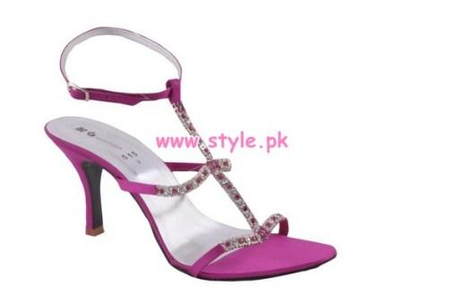 Gul Ahmed Latest Winter Foot Wears For Women 2012 012