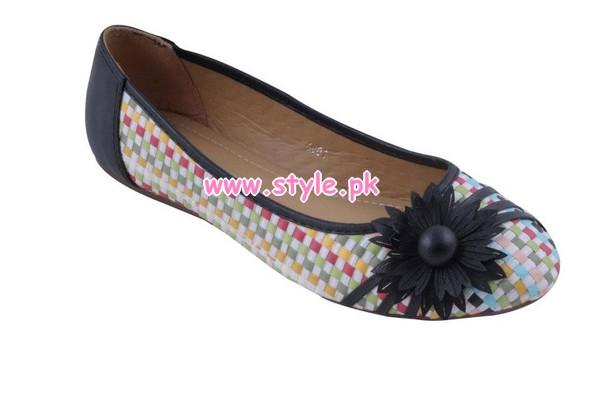 Gul Ahmed Latest Winter Foot Wears For Women 2012 015