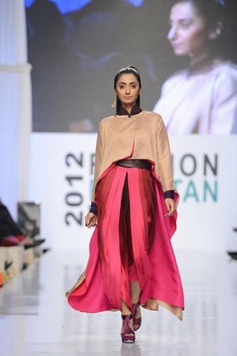 Maheen Khan Collection At Fashion Pakistan Week 2012, Season 4 0013