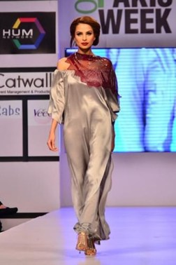 Maheen Khan Collection At Fashion Pakistan Week 2012, Season 4 006