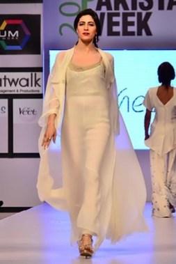 Maheen Khan Collection At Fashion Pakistan Week 2012, Season 4 007