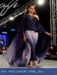 Ayesha F Hashwani at PSFW 2013-Quite Western 009
