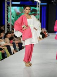 Sublime by Sara Collection at PFDC Sunsilk Fashion Week 2013 006