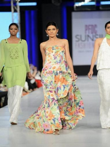 Sublime by Sara Collection at PFDC Sunsilk Fashion Week 2013 013