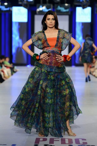 Arooj Ahmed Collection At PFDC Sunsilk Fashion Week 2013 001