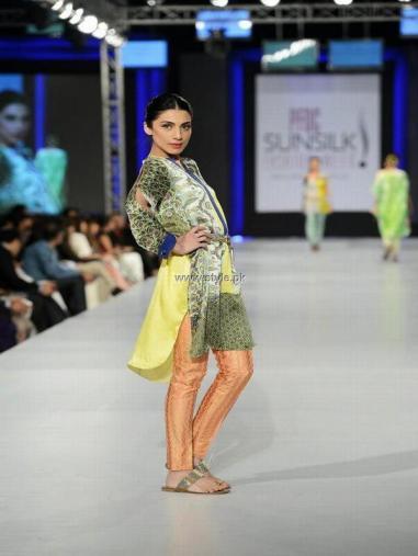 Sania Maskatiya Collection at PFDC Sunsilk Fashion Week 2013 014
