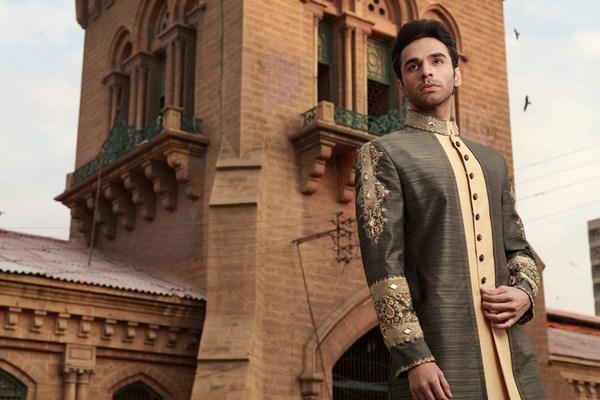Arsalan Iqbal Sherwani Designs 2013 For Men 005
