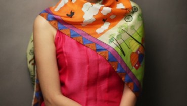 Sania Maskatiya and Gul Ahmed Scarves 2014 with Syra Yousuf