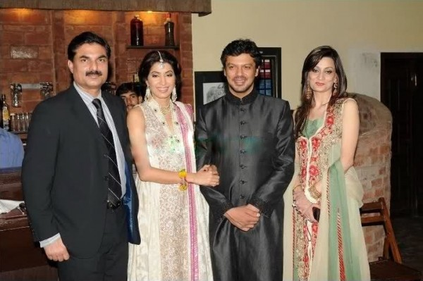 Vaneeza Ahmed Wedding Pics 01