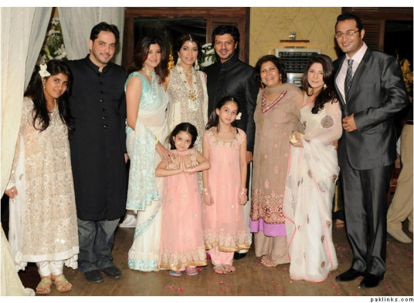 Vaneeza Ahmed Wedding Pics 04