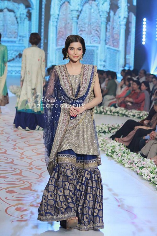 Nida Azwer Collection At Pantene Bridal Couture Week 2014 0014