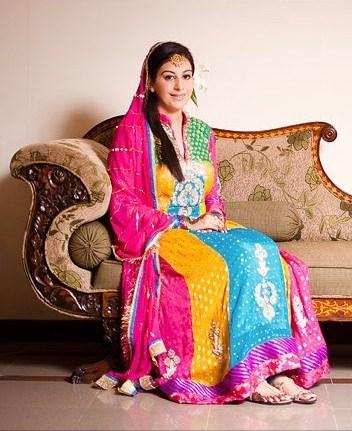 Trends of Multi Color Mehndi Dresses 2014 003