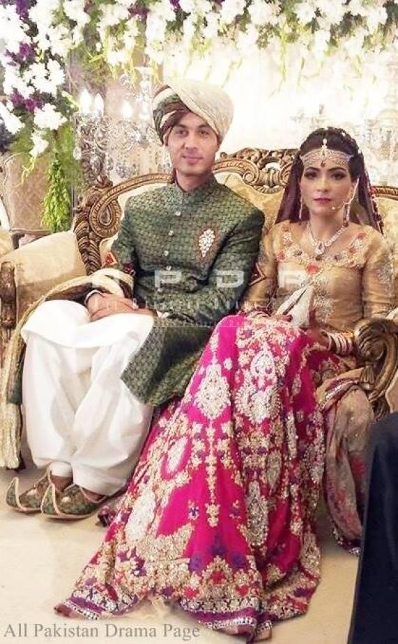 Dua Malik Mehndi And Wedding Pictures 11