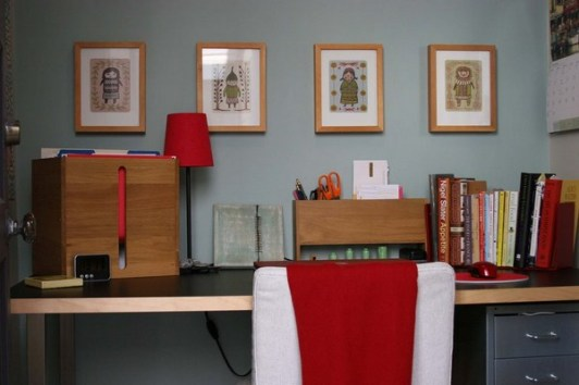 Home Office Designs With Red Accents 001