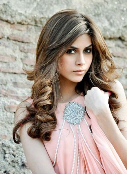 Latest And New Eid Hairstyles 2014 For Women 0010