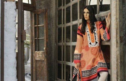 Trends Of Designer Lawn Dresses In Summer