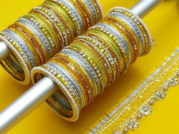 Designs Of Glass Bangles 2014 For Women 008