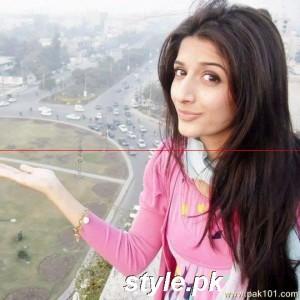 Mawra_Hocane_Or_Mawra_Hussain_Pakistani_Female_Model_VJ_Actress_Celebrity22_chavh_Pak101(dot)com