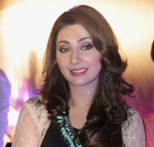ayesha khan pakistani queen