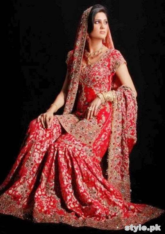 Latest Bridal Gharara Designs 2017 In Pakistan 1014